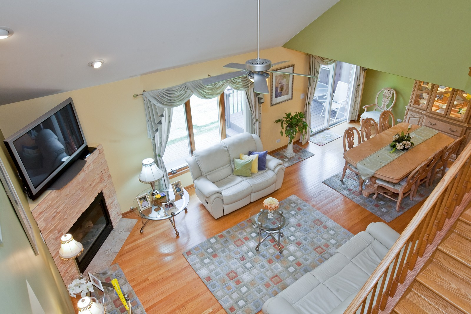 Real Estate Photography - 6617 Natasha Ct, Countryside, IL, 60525 - Living Room / Dining Room