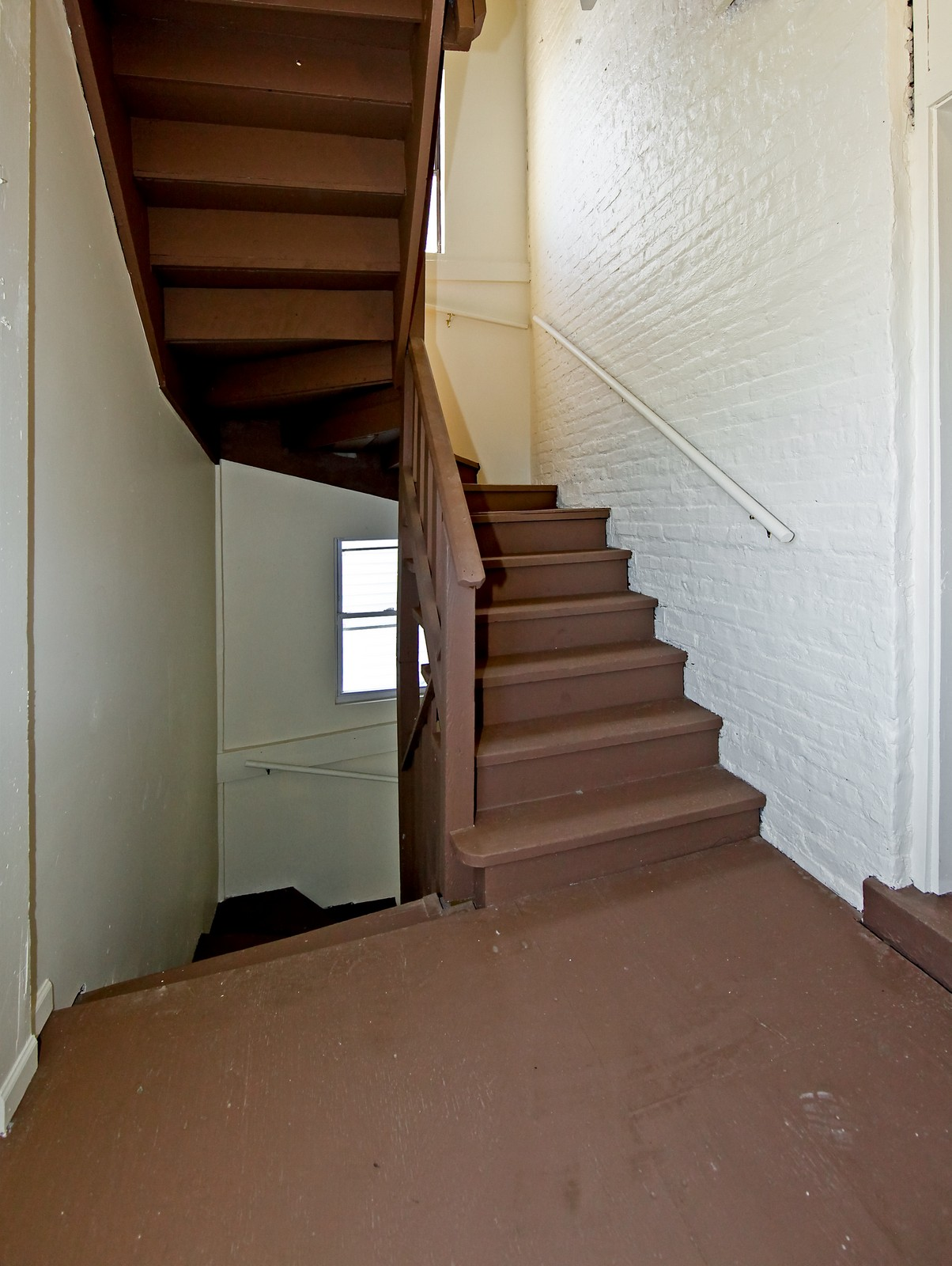Real Estate Photography - 3332 W Polk St, Chicago, IL, 60624 - Hallway