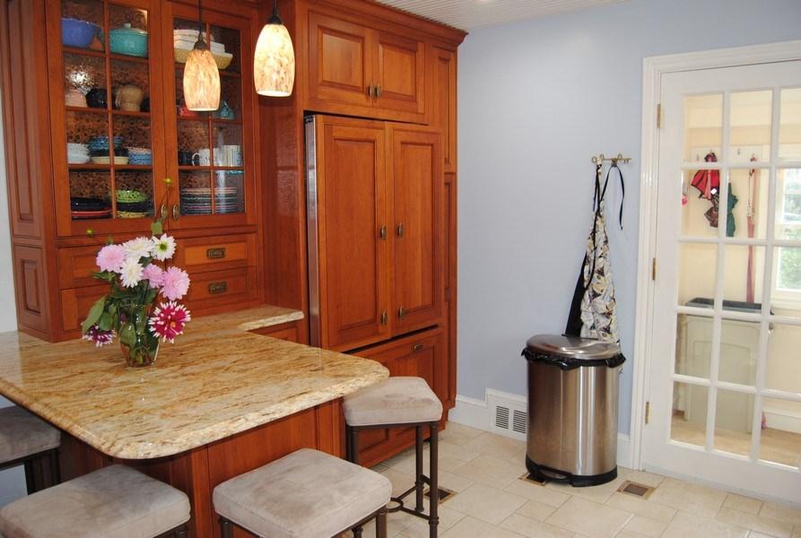 Real Estate Photography - 111 Banbury Way, Wayne, PA, 19087 - Kitchen