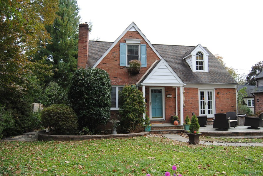 Real Estate Photography - 111 Banbury Way, Wayne, PA, 19087 - Front View