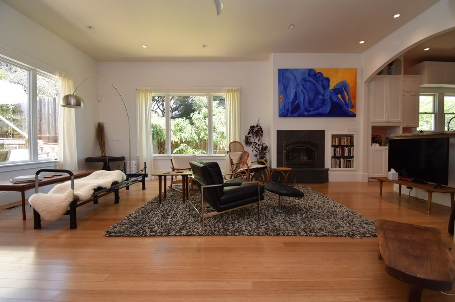 Real Estate Photography - 732 Virginia St, Vallejo, CA, 94590 - Living Room