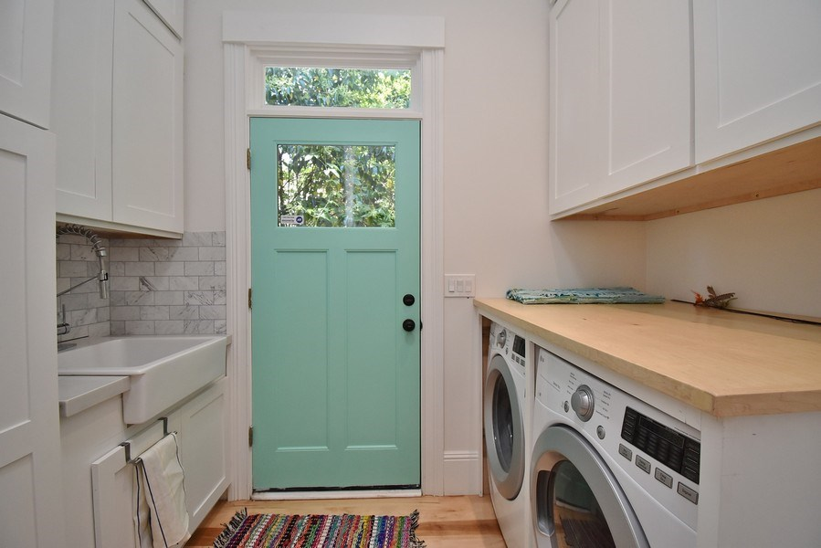 Real Estate Photography - 732 Virginia St, Vallejo, CA, 94590 - Laundry Room