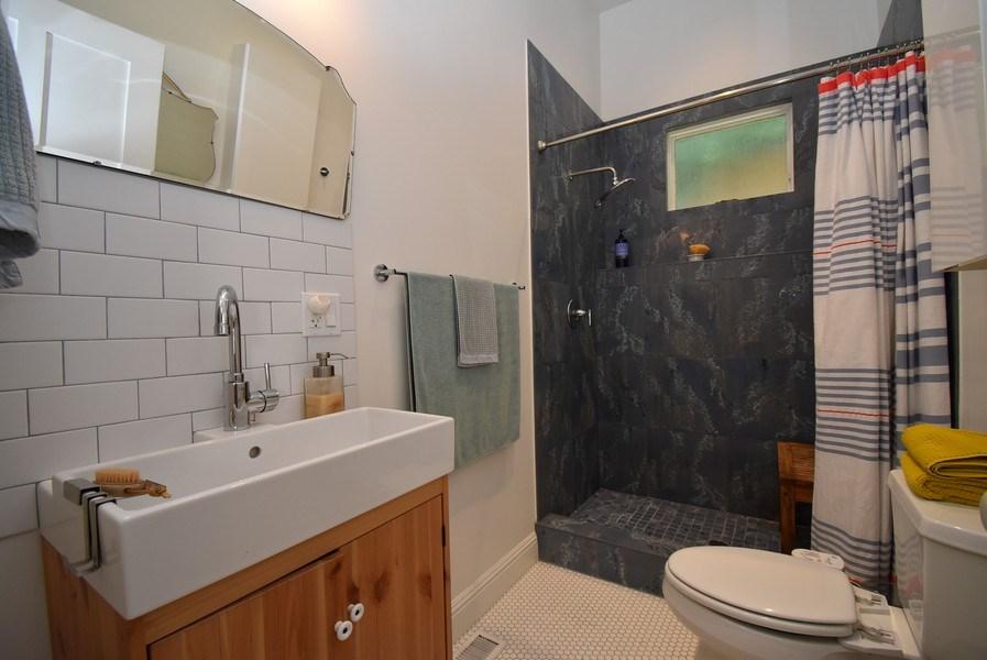Real Estate Photography - 732 Virginia St, Vallejo, CA, 94590 - Bathroom