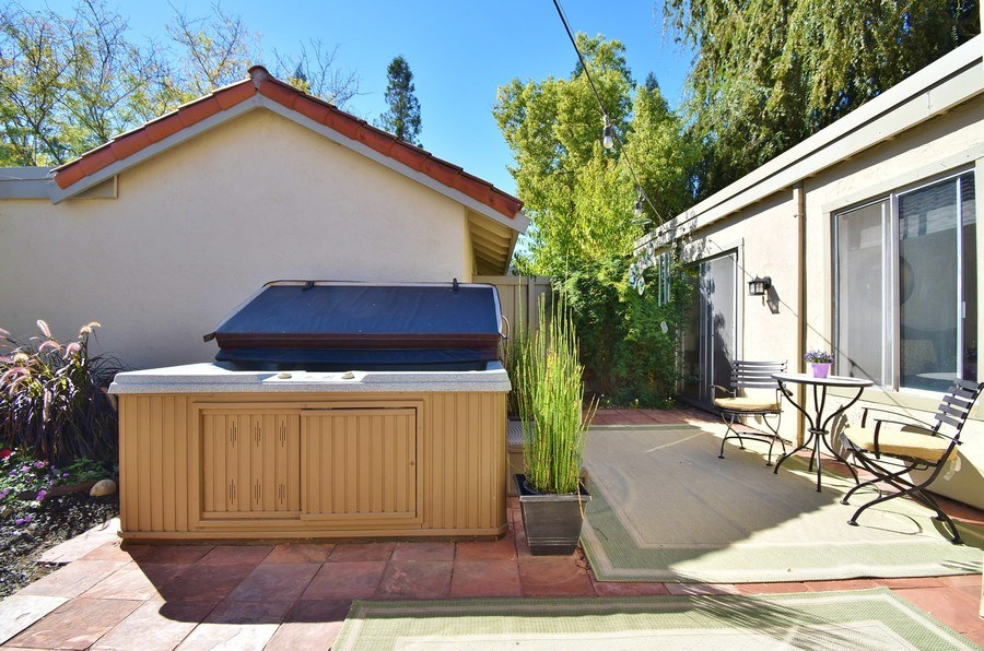 Real Estate Photography - 1666 Calle Santa Anna, Pleasanton, CA, 94566 - Back Yard