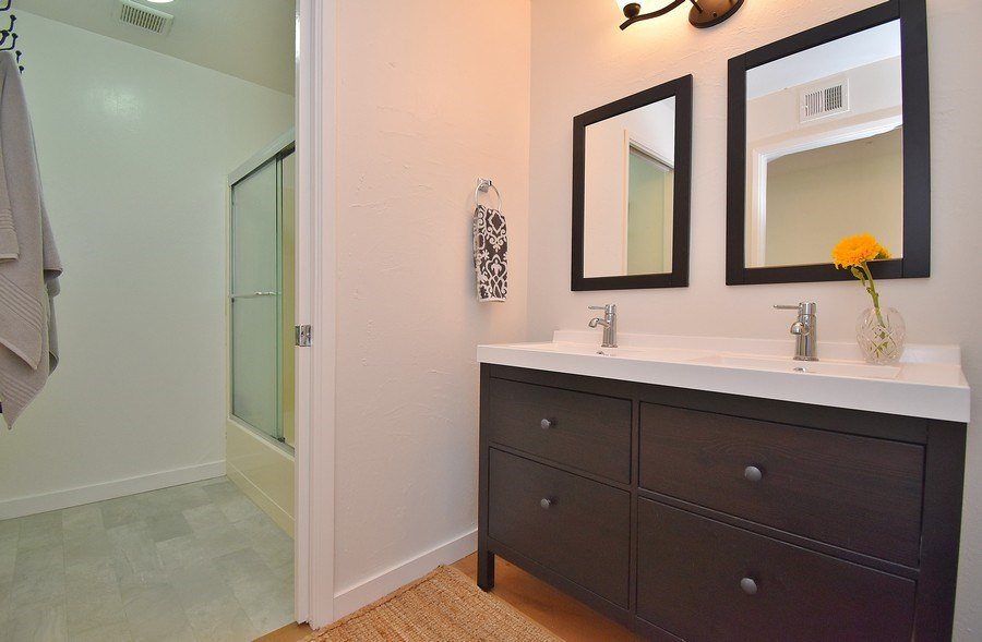 Real Estate Photography - 1666 Calle Santa Anna, Pleasanton, CA, 94566 - Bathroom