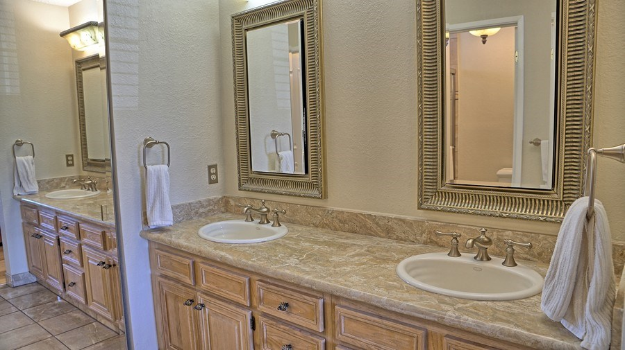 Real Estate Photography - 1031 Kiser Dr, San Jose, CA, 95120 - Master Bathroom