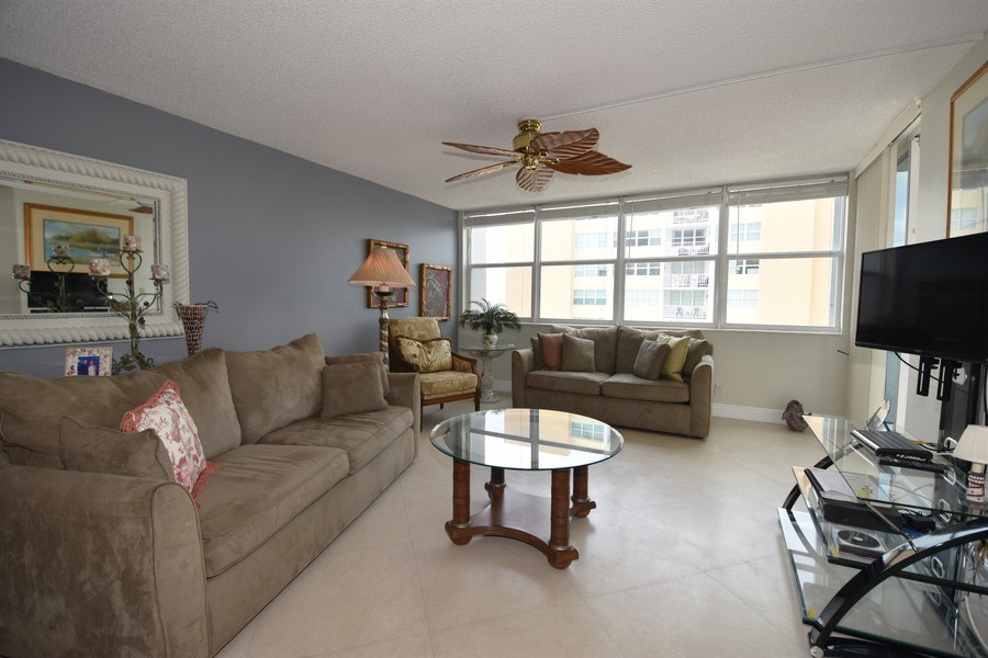 Real Estate Photography - 1400 S Ocean Dr, Unit 1207, Hollywood, FL, 33019 -