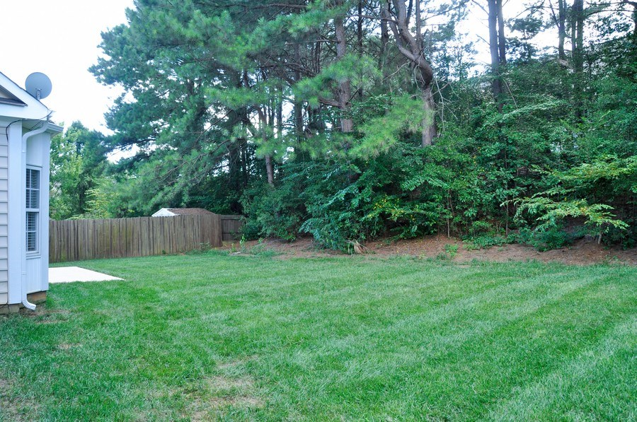 Real Estate Photography - 111 Rolling Stone Ct, Mooresville, NC, 28117 - Back Yard