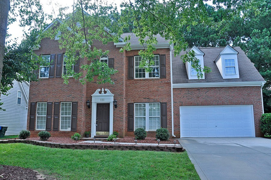 Real Estate Photography - 111 Rolling Stone Ct, Mooresville, NC, 28117 - Front View