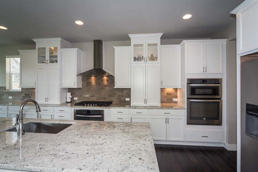 Real Estate Photography - 19612 W 95th Pl, Arvada, CO, 80007 - Custom White Cabinetry