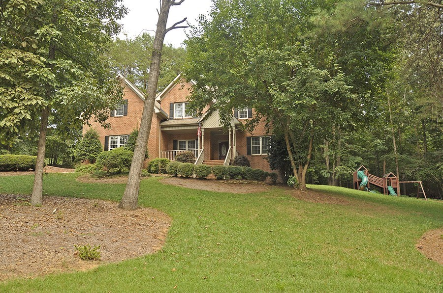 Real Estate Photography - 5385 Stone brook Ct, Davidson, NC, 28036 - Front View
