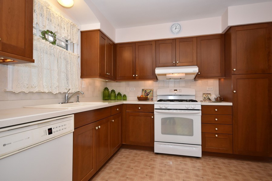 Real Estate Photography - 4237 N Newland, Harwood Heights, IL, 60706 - Kitchen