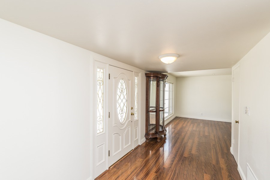 Real Estate Photography - 1725 N Concerto Dr, Anaheim, CA, 92807 - Hallway