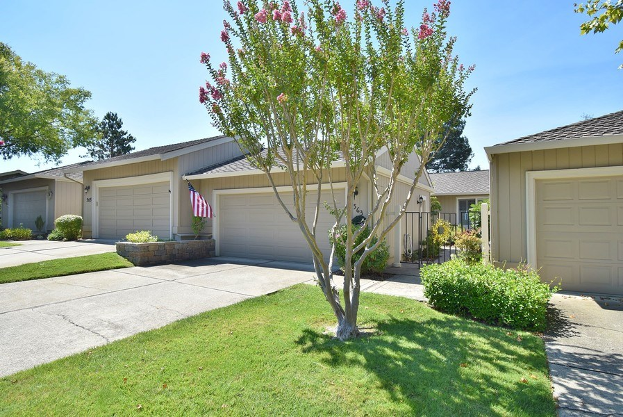 Real Estate Photography - 563 Rolling Hills Ln, Danville, CA, 94526 - Front View