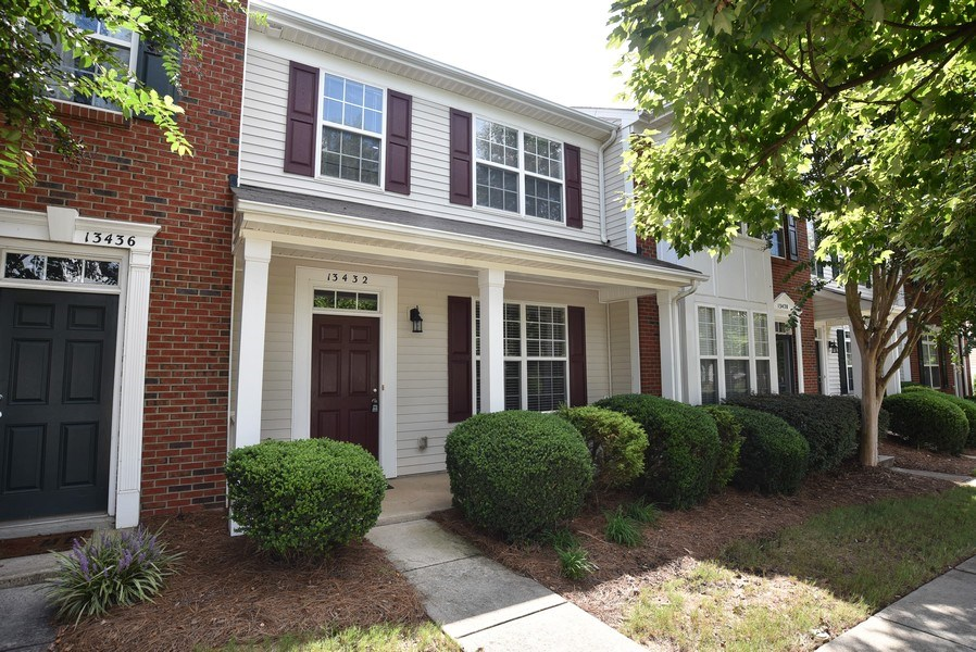 Real Estate Photography - 13432 Delstone Dr, Huntersville, NC, 28078 - Front View