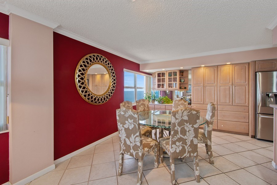Real Estate Photography - 3410 Galt Ocean Dr, 1101, Ft Lauderdale, FL, 33308 - Dining Room