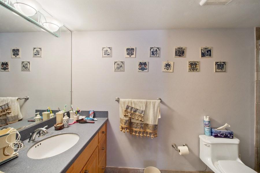 Real Estate Photography - 3410 Galt Ocean Dr, 1101, Ft Lauderdale, FL, 33308 - 2nd Bathroom