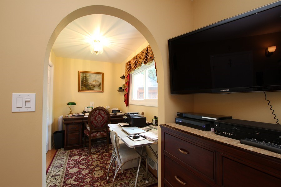 Real Estate Photography - 816 Sandra Ln., Cary, IL, 60013 - Master Bedroom