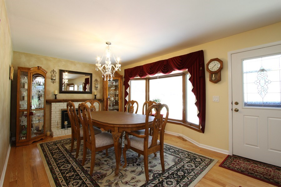 Real Estate Photography - 816 Sandra Ln., Cary, IL, 60013 - Dining Room