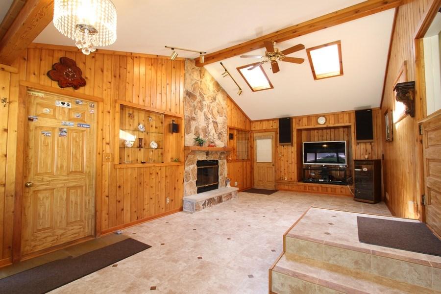 Real Estate Photography - 816 Sandra Ln., Cary, IL, 60013 - Family Room