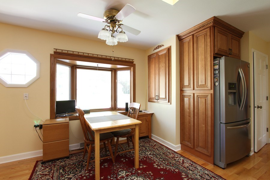Real Estate Photography - 816 Sandra Ln., Cary, IL, 60013 - Breakfast Nook