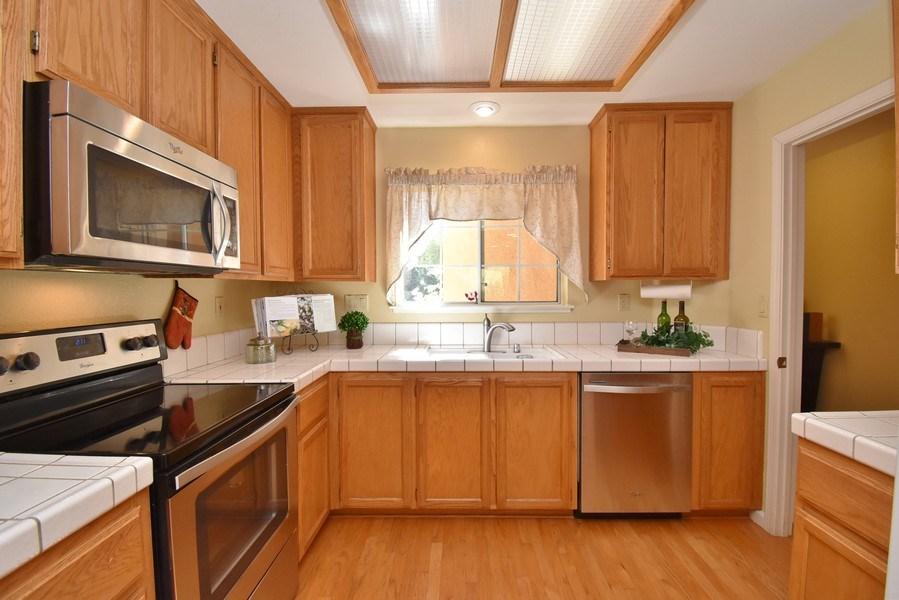 Real Estate Photography - 412 Camino Arroyo W, Danville, CA, 94506 - Kitchen