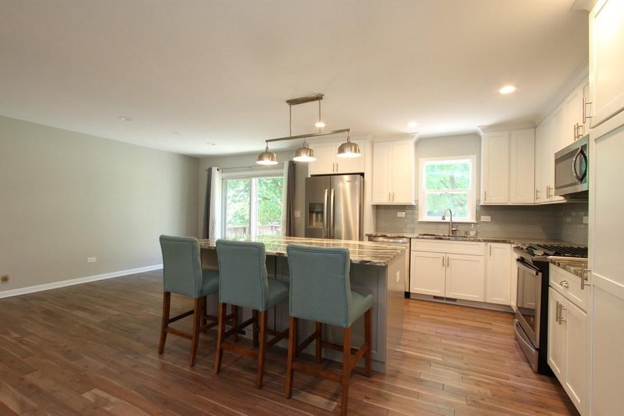 Real Estate Photography - 904 S Summit, Barrington, IL, 60010 - Kitchen