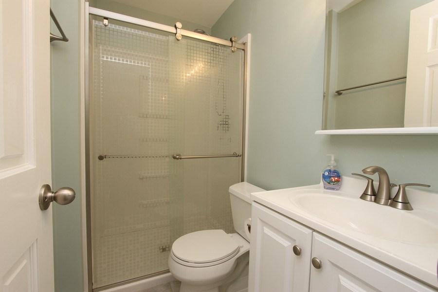 Real Estate Photography - 904 S Summit, Barrington, IL, 60010 - Bathroom