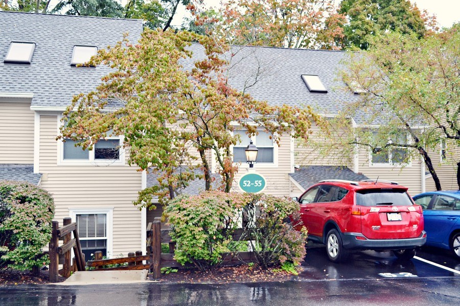 Real Estate Photography - 201 Bedford Road, 54, Woburn, MA, 01801 - Front View
