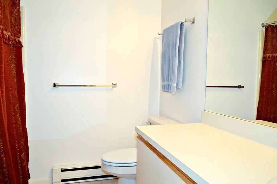 Real Estate Photography - 201 Bedford Road, 54, Woburn, MA, 01801 - Bathroom