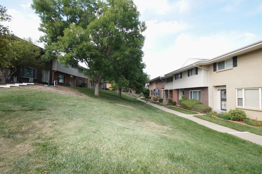 Real Estate Photography - 9085 E Nassau Ave, Denver, CO, 80237 - Neighborhood