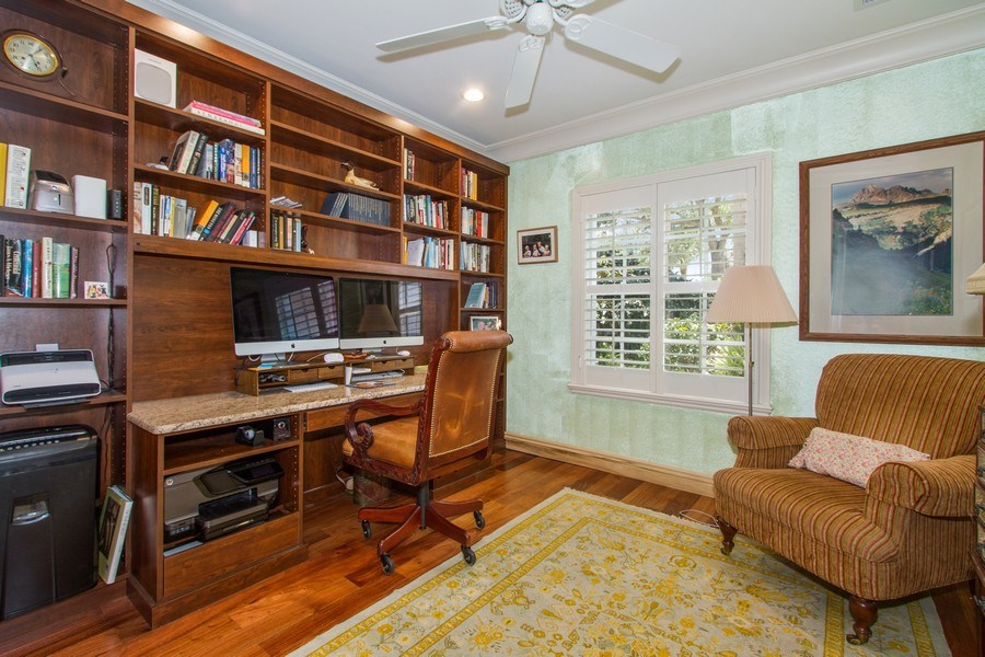 Real Estate Photography - 713 Pinecreek, Naples, FL, 34108 - Office