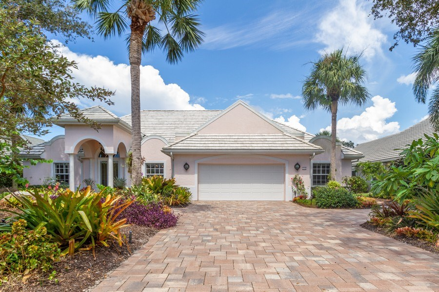 Real Estate Photography - 713 Pinecreek, Naples, FL, 34108 - Front View