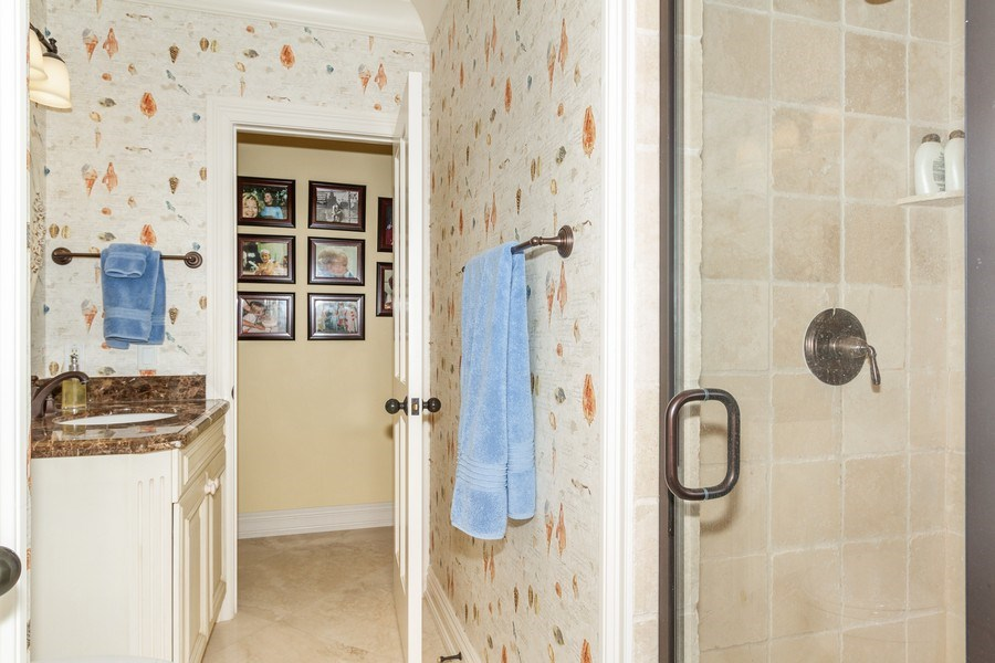 Real Estate Photography - 713 Pinecreek, Naples, FL, 34108 - 2nd Bathroom