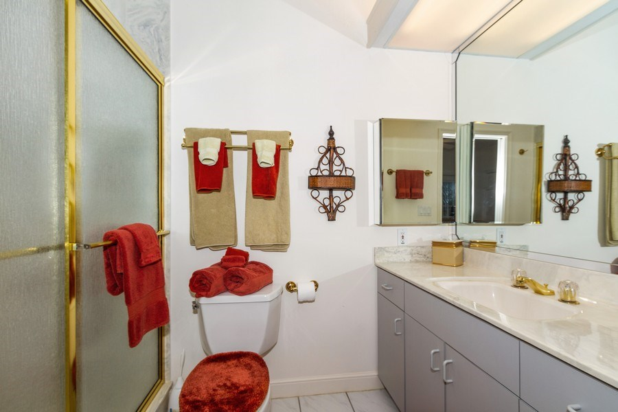 Real Estate Photography - 691 Annemore Ln, Naples, FL, 34108 - 4th Bathroom