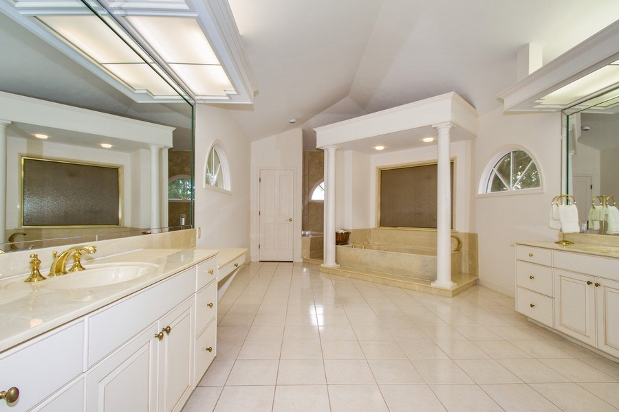 Real Estate Photography - 691 Annemore Ln, Naples, FL, 34108 - Master Bathroom