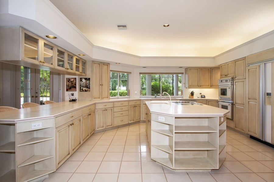 Real Estate Photography - 691 Annemore Ln, Naples, FL, 34108 - Kitchen