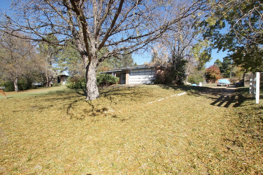 Real Estate Photography - 1920 S Niagara St, Denver, CO, 80224 - Driveway