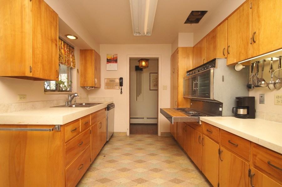 Real Estate Photography - 1920 S Niagara St, Denver, CO, 80224 - Kitchen