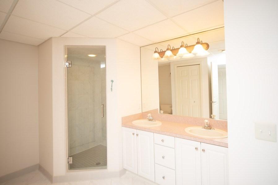 Real Estate Photography - 13631 Neal, Davisburg, MI, 48350 - 2nd Bathroom