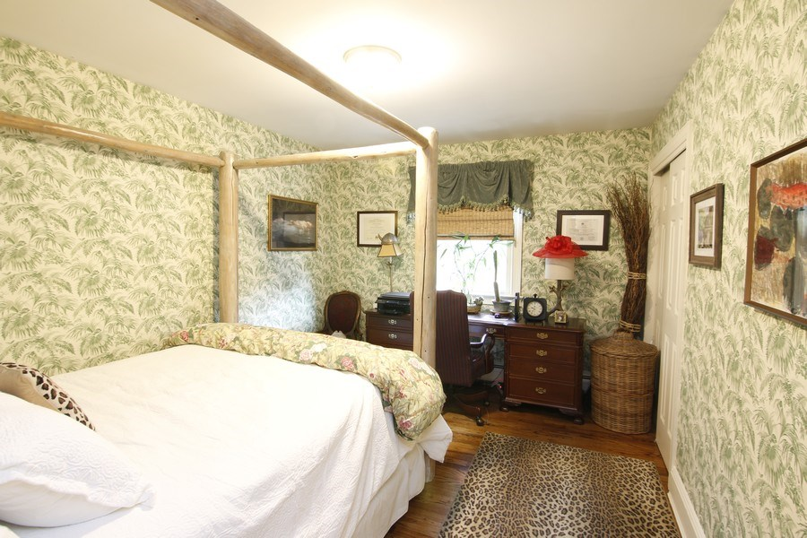 Real Estate Photography - 2 Highland Ave, Sea Cliff, NY, 11579 - Guest Bedroom