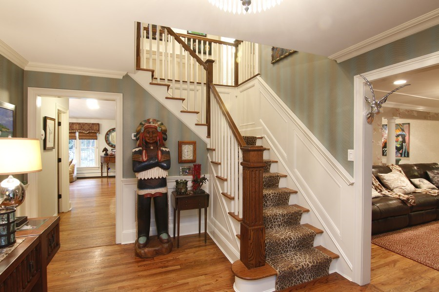 Real Estate Photography - 2 Highland Ave, Sea Cliff, NY, 11579 - entry hall