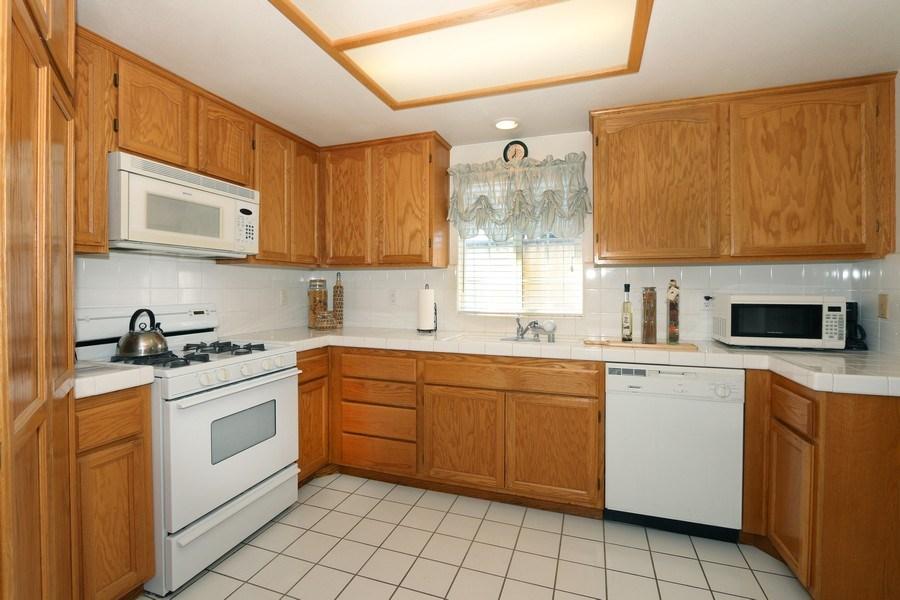 Real Estate Photography - 9302 Sierra Vista Cir, Pico Rivera, CA, 90660 - Kitchen