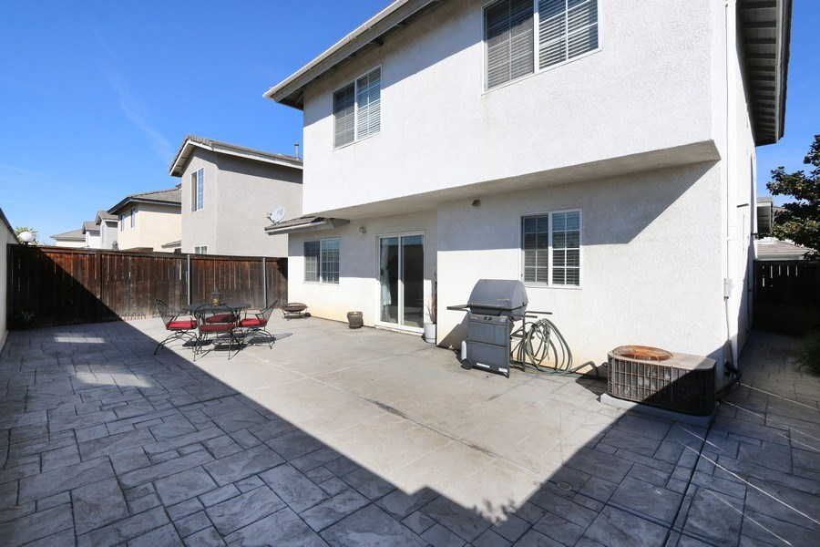 Real Estate Photography - 9302 Sierra Vista Cir, Pico Rivera, CA, 90660 - Back Yard