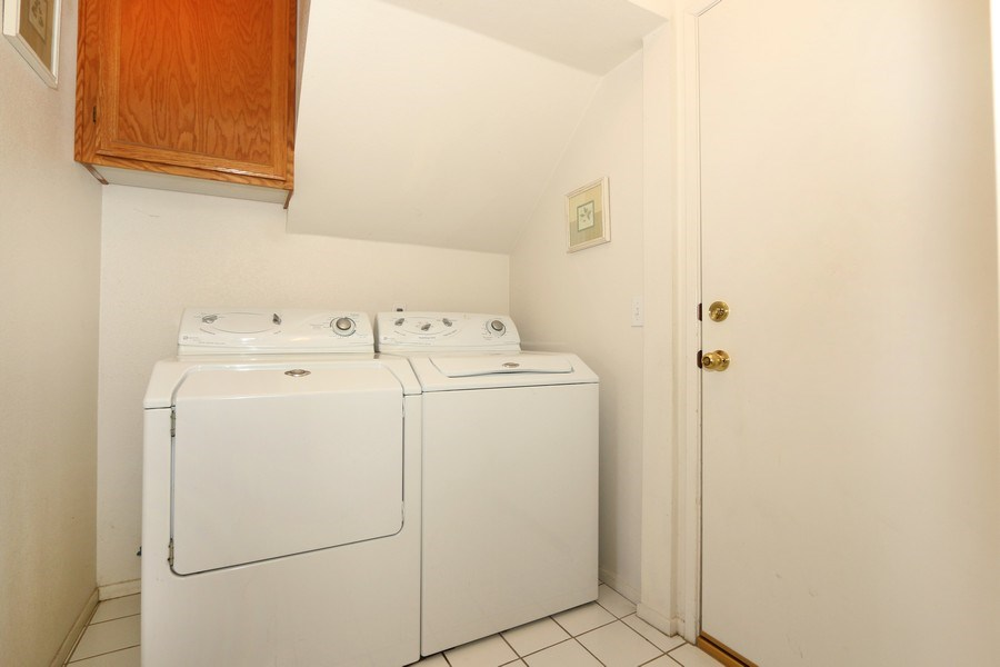 Real Estate Photography - 9302 Sierra Vista Cir, Pico Rivera, CA, 90660 - Laundry Room