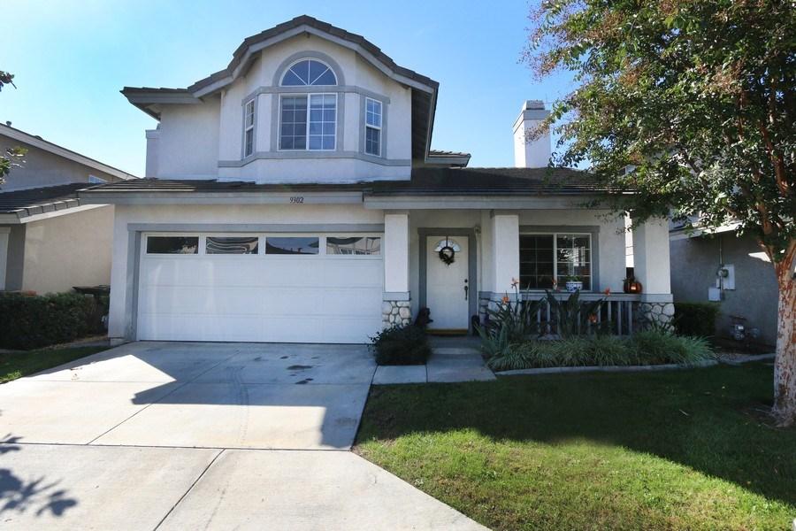 Real Estate Photography - 9302 Sierra Vista Cir, Pico Rivera, CA, 90660 - Front View