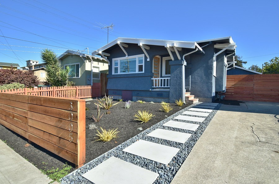 Real Estate Photography - 3005 Acton St, Berkeley, CA, 94702 - Front View