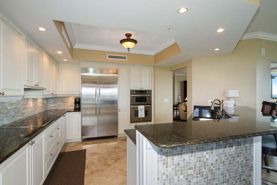 Real Estate Photography - 1050 Borghese Ln, 1506, Naples, FL, 34114 - Kitchen