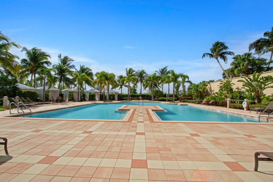 Real Estate Photography - 1050 Borghese Ln, 1506, Naples, FL, 34114 - Outdoor Pool