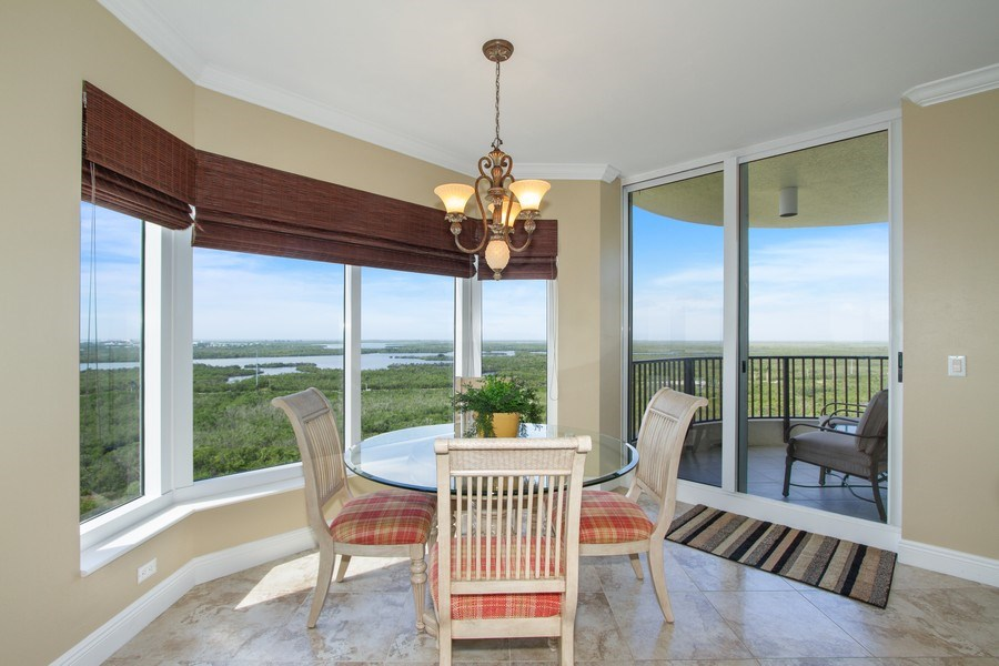 Real Estate Photography - 1050 Borghese Ln, 1506, Naples, FL, 34114 - Breakfast Area